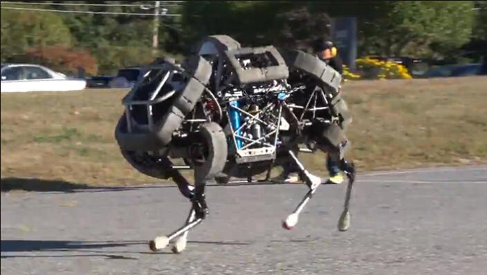 科技小制作机器小狗