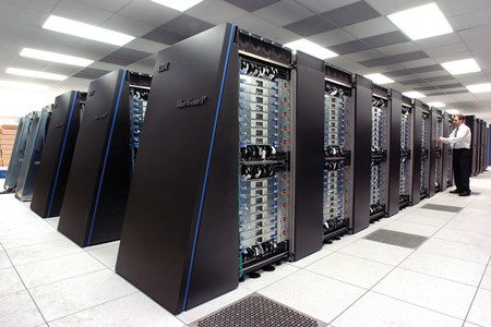 IBM第二季度净利润23亿美元 同比下降7%