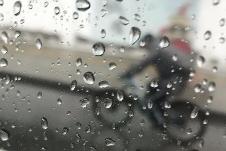 從低調潛伏到百億級市場 共享雨傘有未來嗎